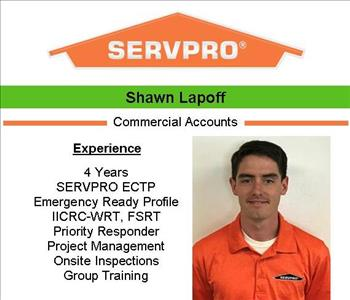 Male employee Shawn's photo and credentials